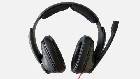 Test du casque Sennheiser GSP 303 : A-t-il hérité des qualités de ses aînés ?