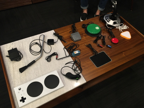 Microsoft officialise sa manette adaptative Xbox pour les personnes en situation de handicap