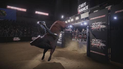 8 To Glory : Le rodéo sur taureau comme vous ne l'avez jamais vécu