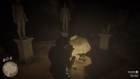 L'énigme des statues et des peintures mystérieuses