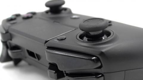 MAJ de notre dossier comparatif : Test de la manette Razer Raiju Tournament Edition