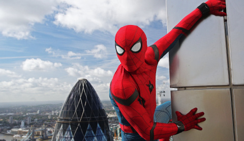 Spider-Man : Far From Home - Spidey face à Mysterio pour le 1er trailer