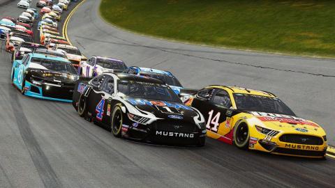 NASCAR Heat 4 : le jeu de course mettra la gomme en septembre