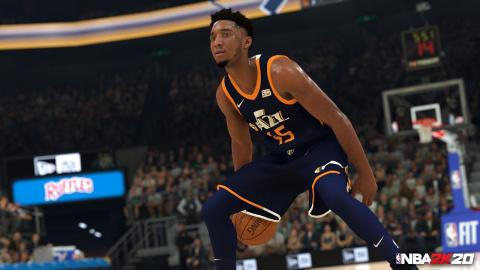 NBA 2K20 : révisez votre culture du panier avec Basket Clash !