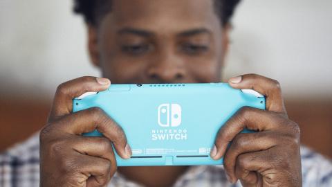 Nintendo dresse un premier bilan des consoles Switch à mi-parcours