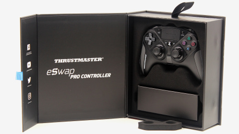 Manette PS4 : Thrustmaster ESWAP Pro Controller en promotion