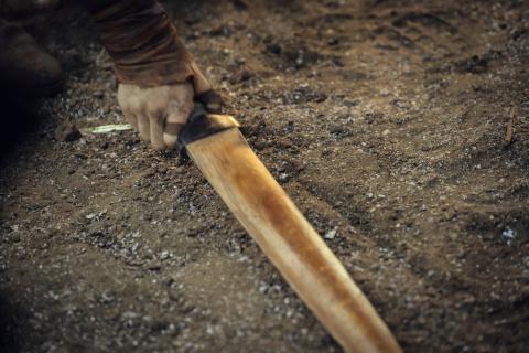 The Witcher (Netflix) : une première photo de Ciri dans la saison 2