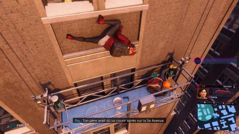 Coincé contre un immeuble !