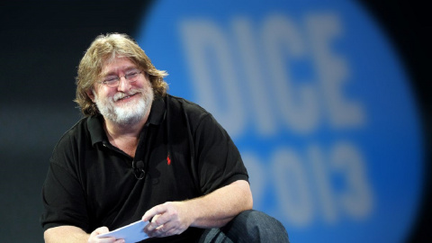 Cyberpunk 2077 : Gabe Newell (Valve) prend la défense du titre et des développeurs
