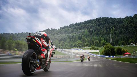 Moto GP 21 disponible en précommande avec son DLC offert