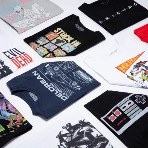 Découvrez le pack T-Shirt Geek Mystère : 10 T-shirts pour 32,99€
