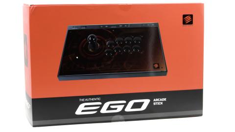 Test du stick arcade E.G.O : MadCatz à la hauteur pour la next-gen ?