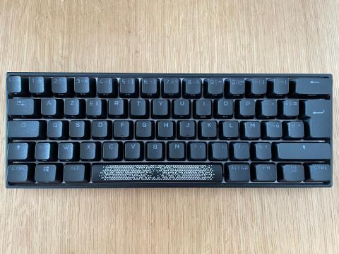 Test du Corsair K65 RGB mini : un clavier gamer qui sait se faire tout petit