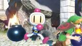 Super Smash Bros. Ultimate : Bomberman (trophée aide) se montre dans l'arène